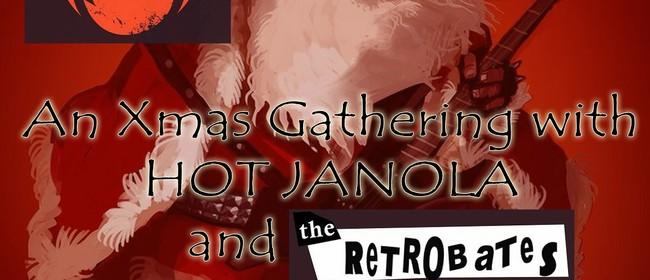 A Xmas Gathering With Hot Janola & Retrobates