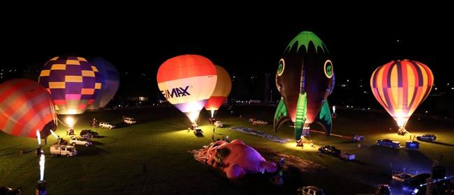 Wairarapa Balloon Festival - Trust House Night Glow