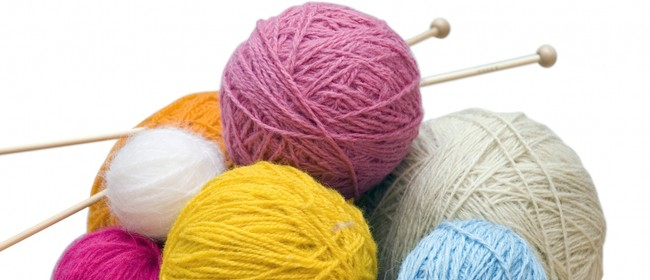St Heliers Library: Knitting Yarns