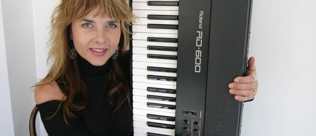 Liz Braggins