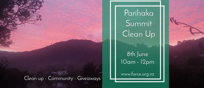 Parihaka Summit Clean Up