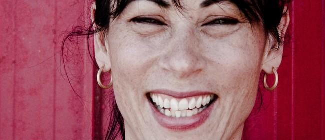 Writers on Mondays: Lynda Chanwai-Earle
