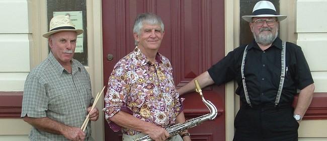 Jazz at the Aratapu Tavern - The Joe Carbery Trio