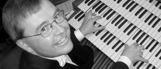 Kemp English plays J.S. Bach Organ Works