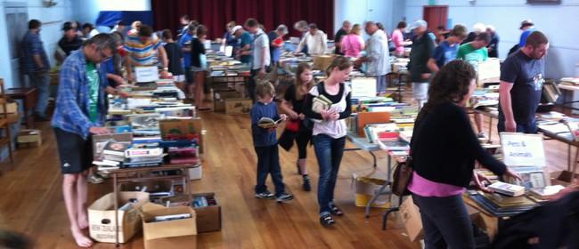 Waiheke Island Easter 2 Buck Book Fair