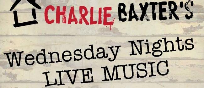 Live Music Wednesdays - De Vine Duo