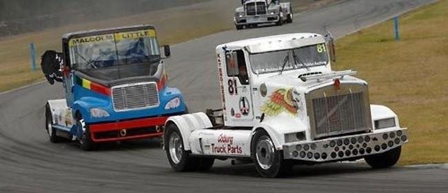 Truck Racing - Diesel Demons and Daredevils