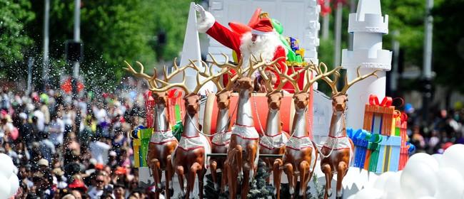 Farmers Santa Parade 2012