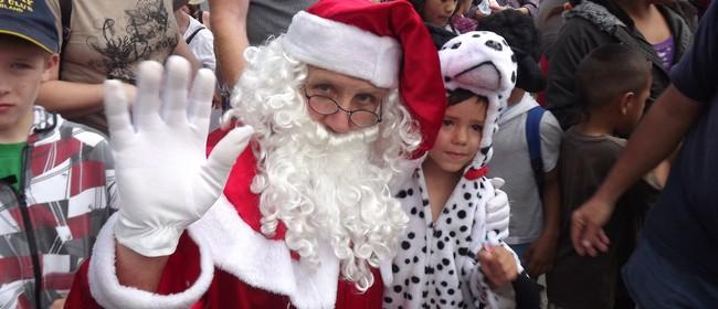 Blockhouse Bay Santa Parade
