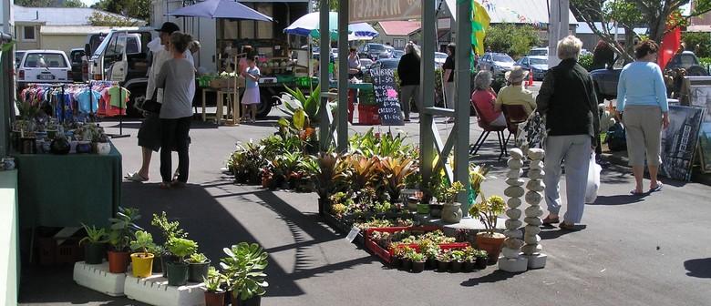 Clevedon Village Holiday Market