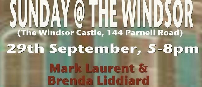 Sunday @ The Windsor hosted by Mark Laurent & Brenda Liddiar