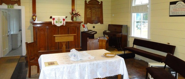 Kauri Church visits Saint John's Church