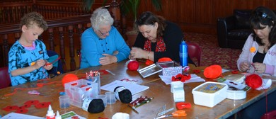 Yarn Bomb Poppy Making