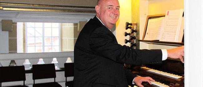 TGIF / Paul Rosoman (organ)