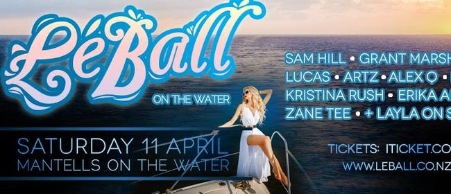 Le Ball - L'eau de mer (On The Water)