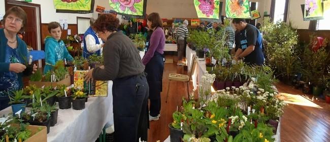 Waihola Plant Fair