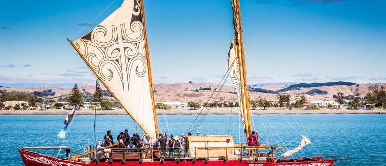Te Matau a Māui Voyaging Trust / Waka Experience