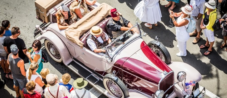 Vintage Car Parade (Viewing)- TADF16