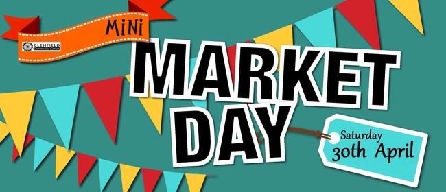 Mini Market Day/Garage Sale