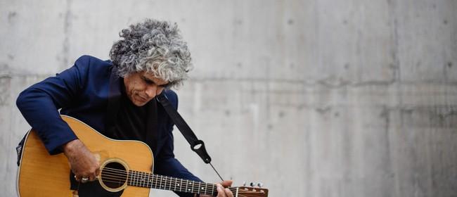 The Acoustic Soul Music of Paul Ubana Jones