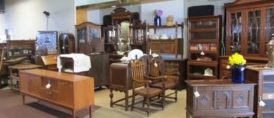 Antique & Collectibles Fair