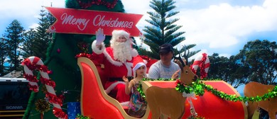 New World Orewa Santa Parade