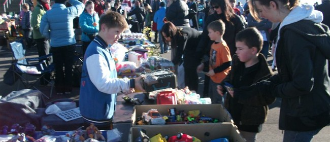 Riccarton Community Gardens Awesome Car Boot Sale 2016