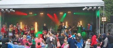 Plimmerton Carols By the Beach Family Fun Night