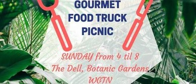 Gourmet Food Truck Picnic In the Dell