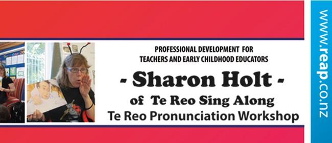 Qtwn PD Te Reo Pronunciation - Sharon Holt of Te Reo Singalo