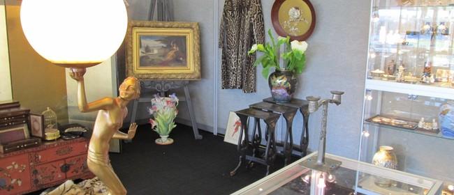 Antique & Collectables Fair