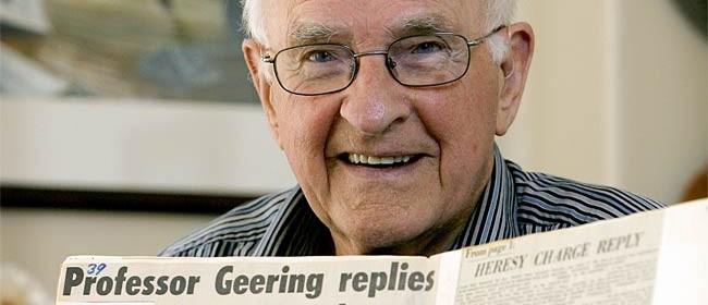 Sir Lloyd Geering Preaching In Auckland