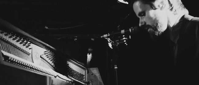 Dayle Jellyman's Rogue Piano Lounge
