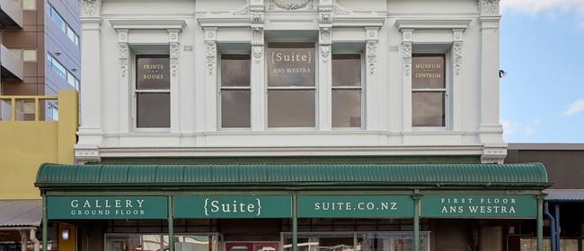 {Suite} Gallery