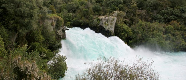 Huka Falls - Roadside Stories